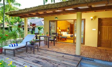 Sitaram Ayurveda Beach Retreat Kuttiram Veranda
